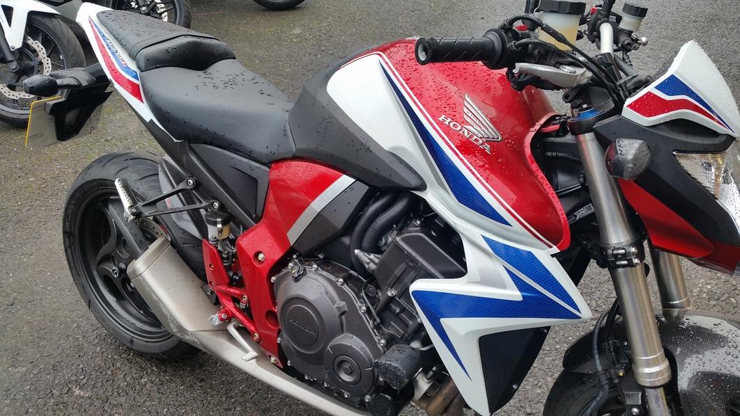 Name:  Full shot of bike.jpg Views: 1418 Size:  356.8 KB