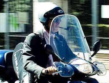 Name:  scooter-smoking.jpg Views: 61 Size:  12.9 KB