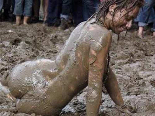 Name:  sexy-mud-wrestling-25.jpg