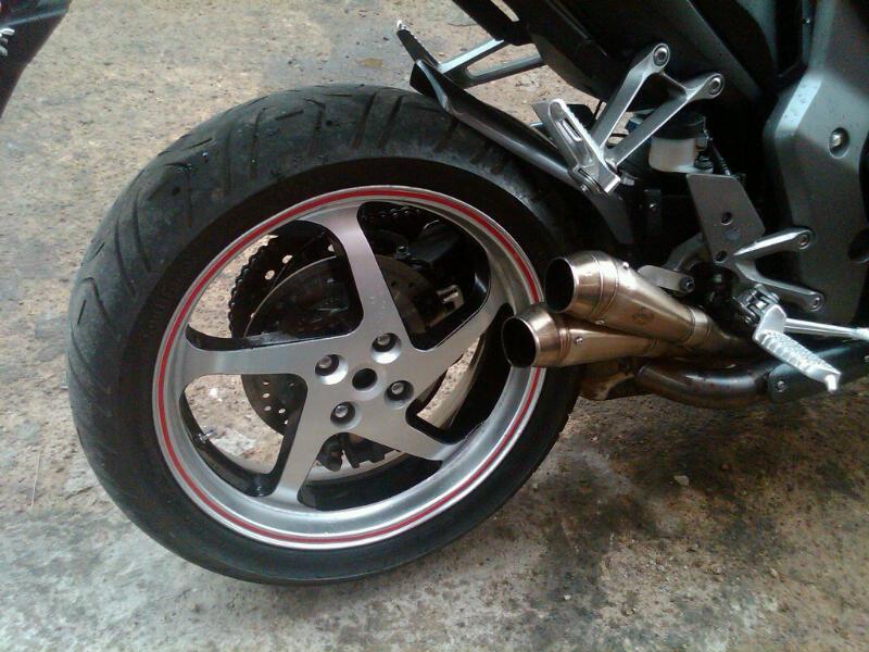 swapping rear wheelinterchangeable  vfr